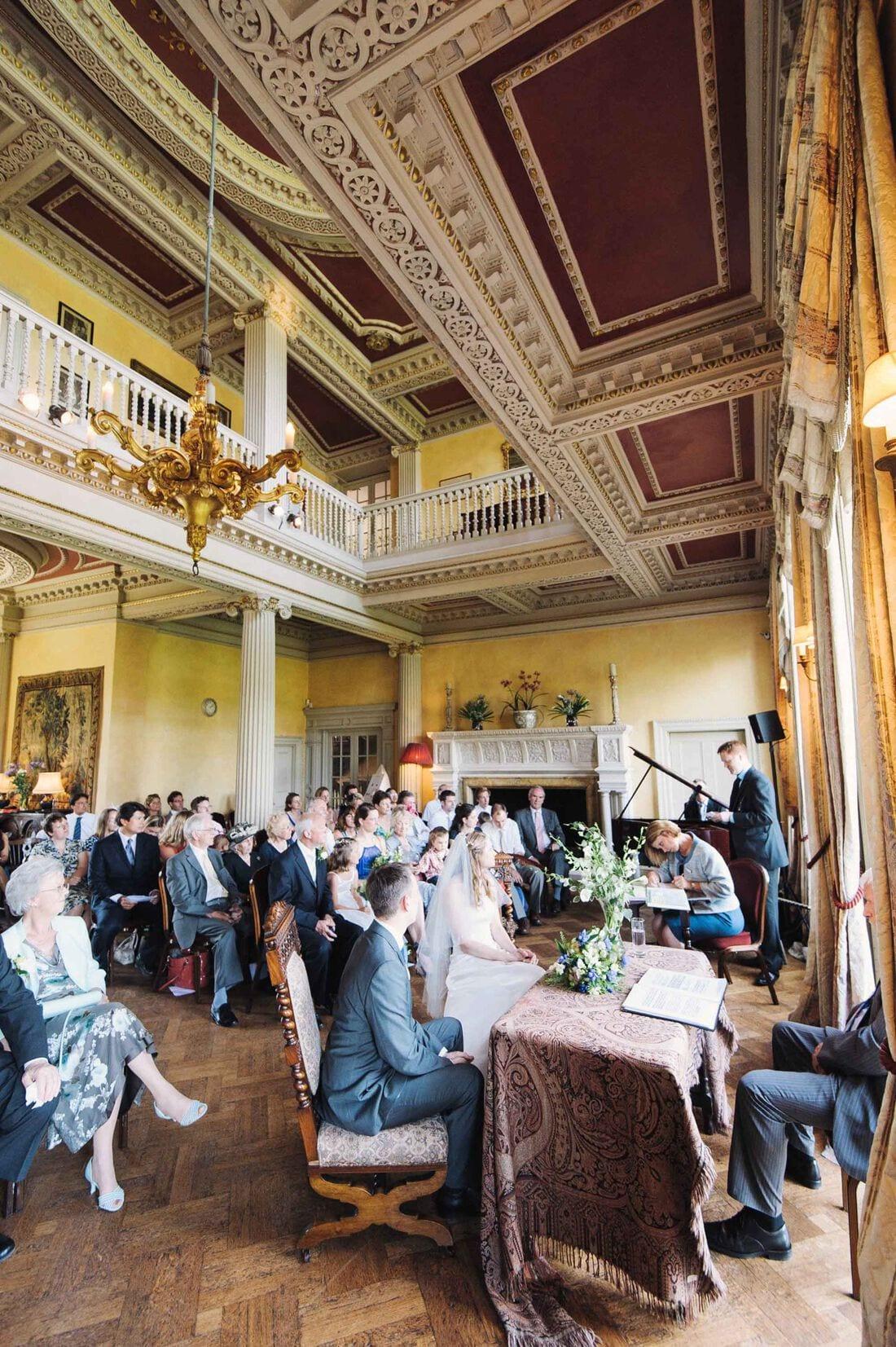 hampton-court-house-wedding_0022