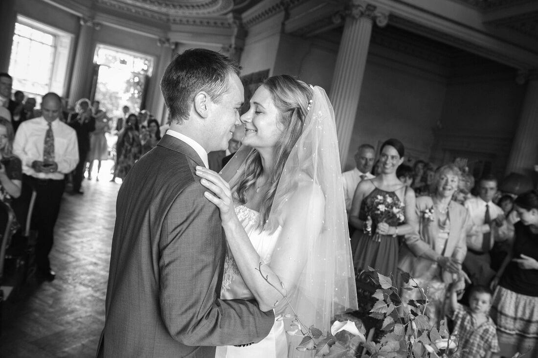 hampton-court-house-wedding_0024
