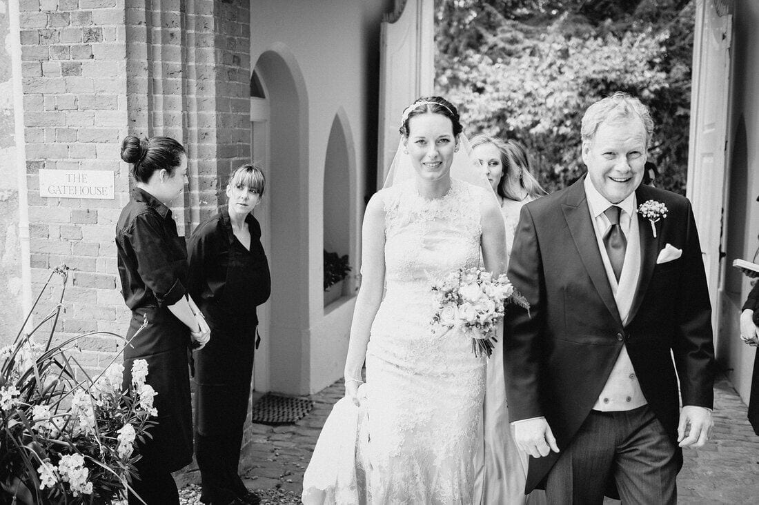 farnham-castle-surrey-wedding_0017