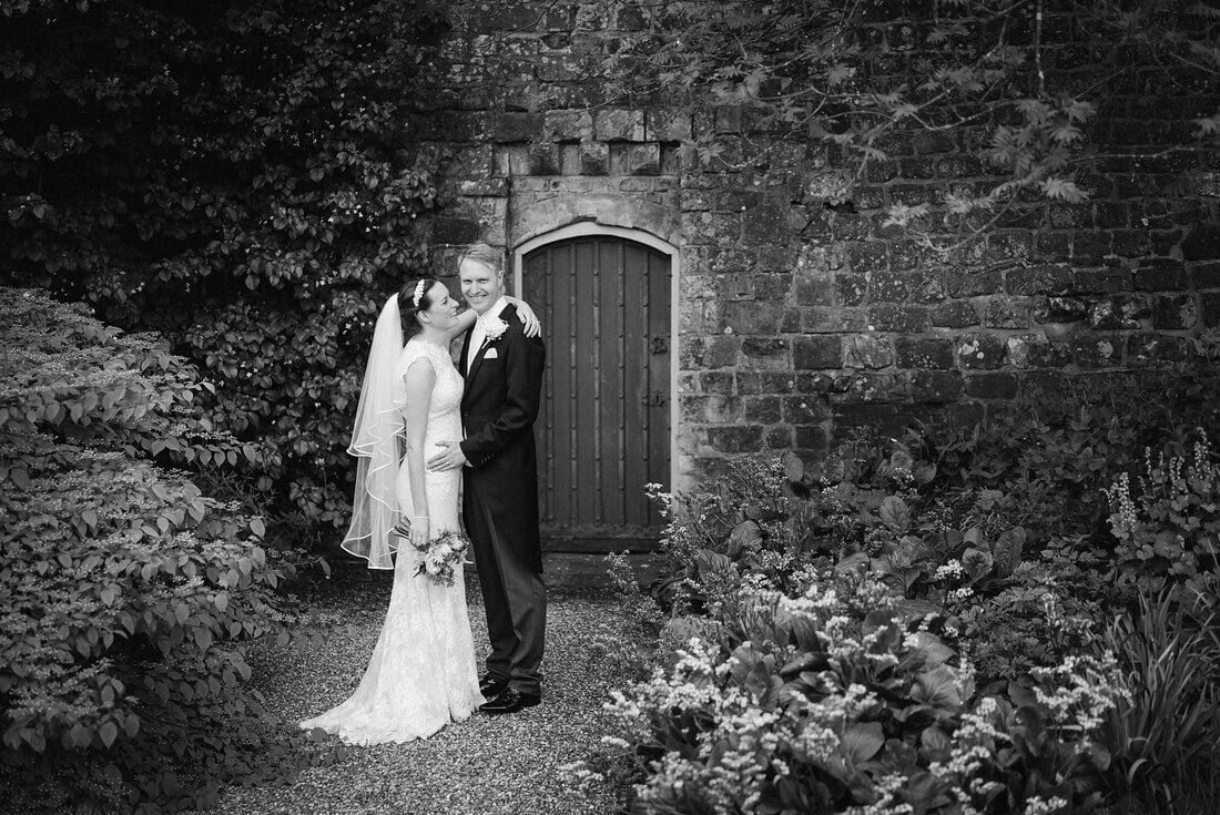 farnham-castle-surrey-wedding_0038