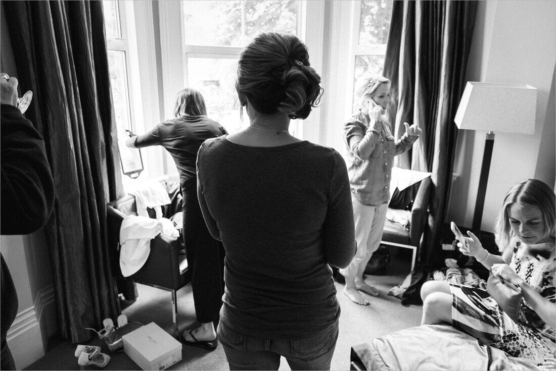girls getting ready on the wedding morning