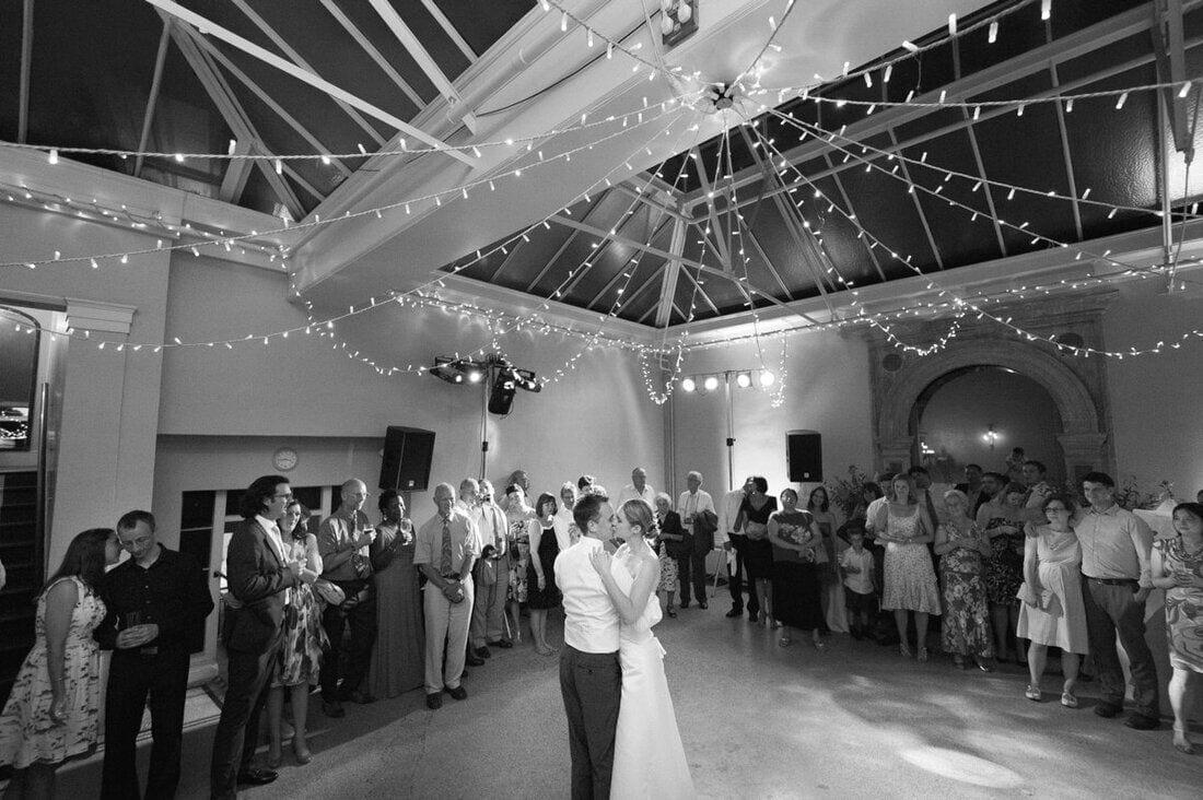 hampton-court-house-wedding-photography