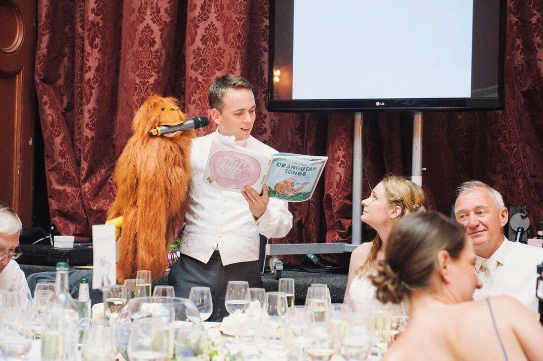 organising a wedding
