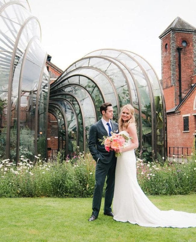 bombay-sapphire-wedding-photogrpher