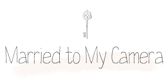 Married to my Camera logo
